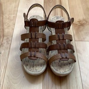 Girls American eagle wedge sandals size 3